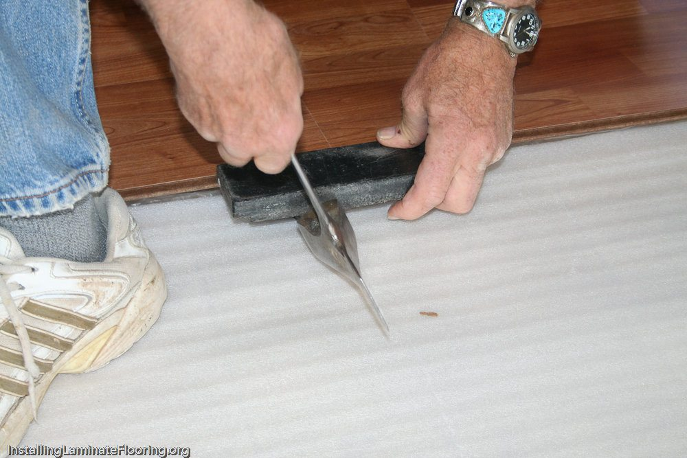 How to tighten laminate
